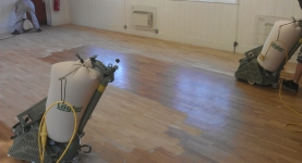 Dust free floor sanding and re-finishing